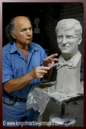 The famous Ukrainian sculptor, King of Marble Nikolai Shmatko is going to create the statue of Bill Gates, the richest man of the world, and to present it to him personally.